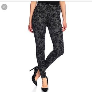 Gray/black floral leggings